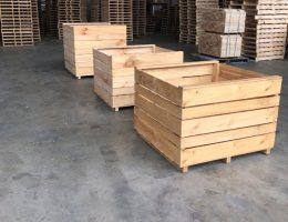 Produce Bins, Cases & Crates